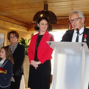 La légion d'honneur remise à Michel Pélieu par Sylvia Pinel, le 23 janvier 2016