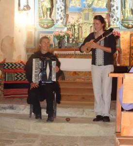 Le duo Río Flores: Ludivine Nebra au charango et Marina Chuffart à l'accordéon!