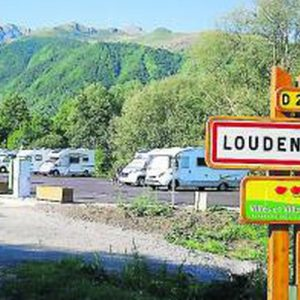 aire-camping-car-loudenvielle
