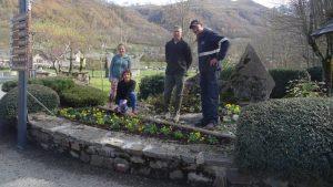 Fleurissement hivernal du village